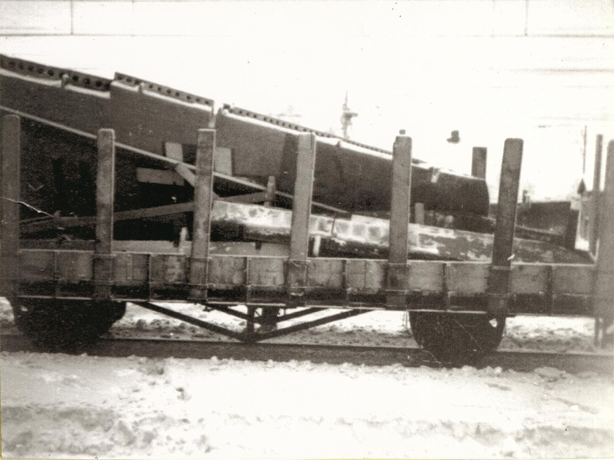 S35-97-13.jpg