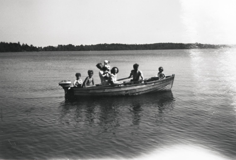 R1002-92-3.jpg