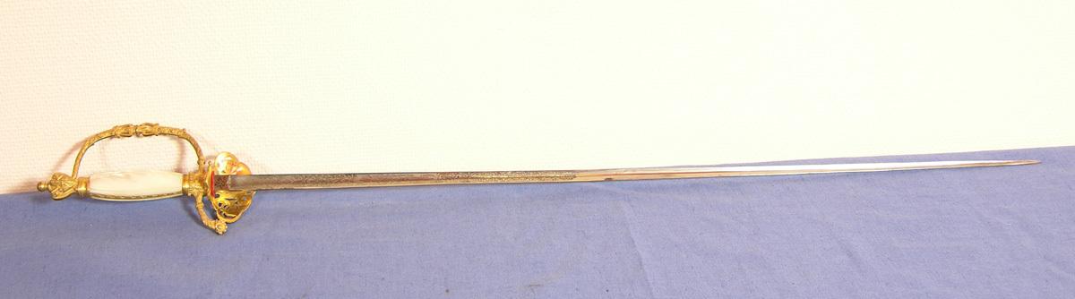 SLM7235-1a.jpg