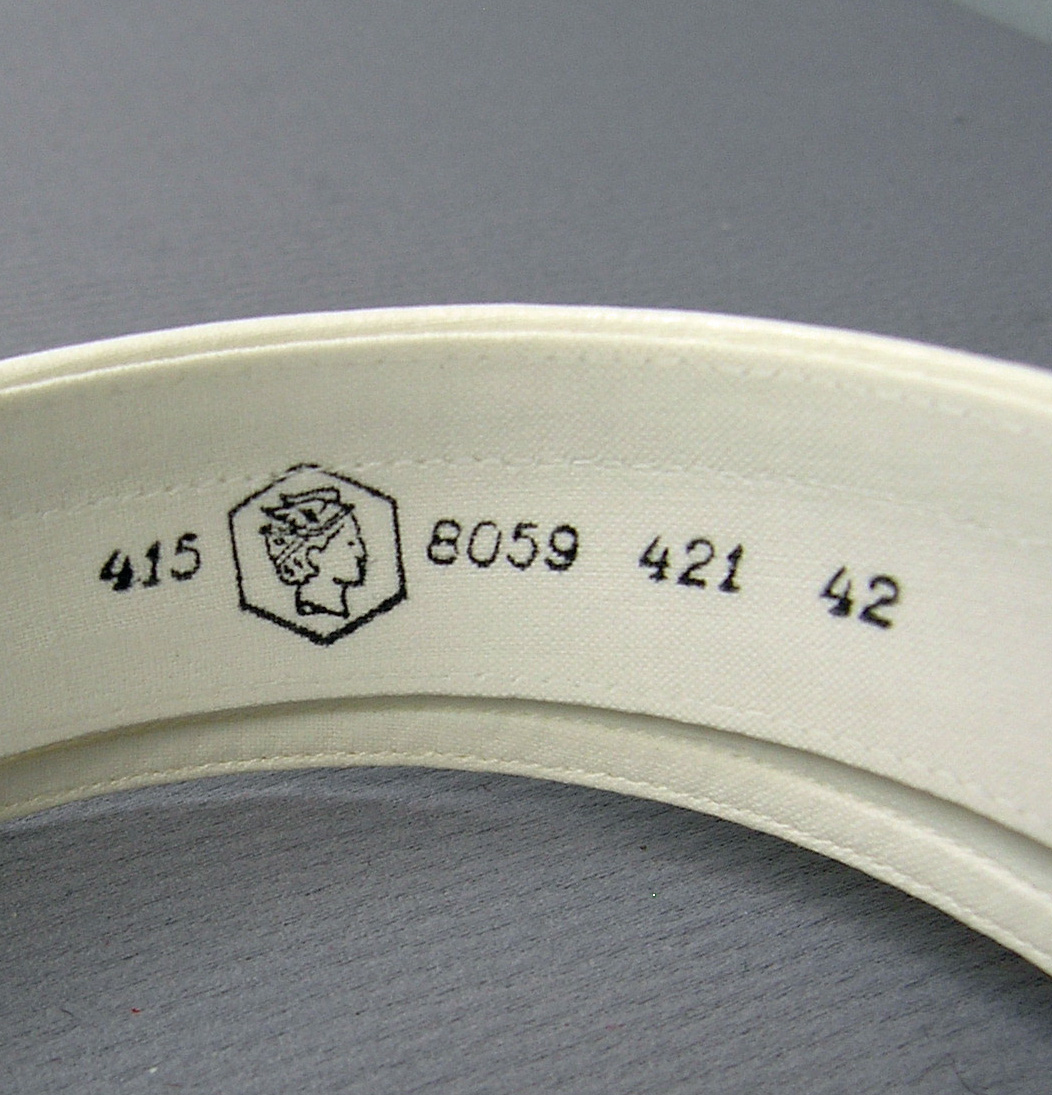 SLM29839-1-8b.jpg